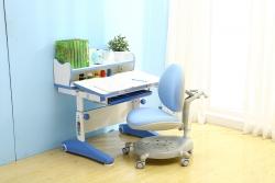 蓝色写字课桌